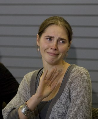 Amanda Knox's account of murder is 'hallucination,' says ex-boyfriend