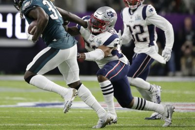 New England Patriots LB Elandon Roberts hosts heart walk