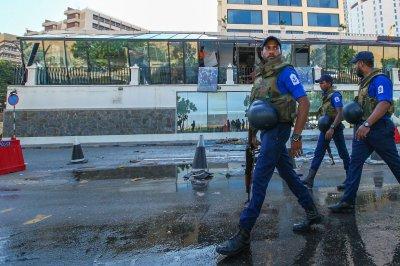 Sri Lanka bans face coverings for 'public safety'