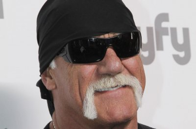 Hulk Hogan, Ric Flair to appear on WWE Raw season premiere