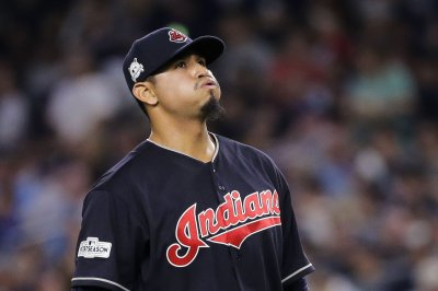 Carlos Carrasco wins 2019 Roberto Clemente Award
