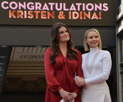'Frozen II' pushes Idina Menzel, Kristen Bell, Josh Gad forward