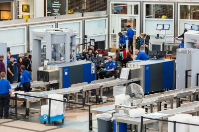 TSA discovered record 4,432 firearms at airport checkpoints in 2019