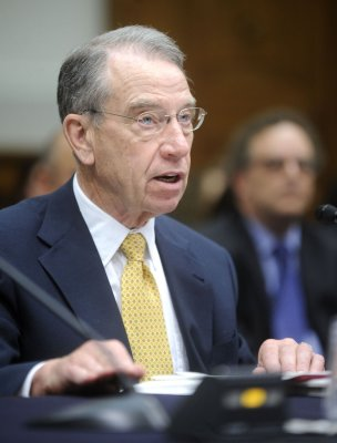 Grassley suggests AIG execs commit suicide