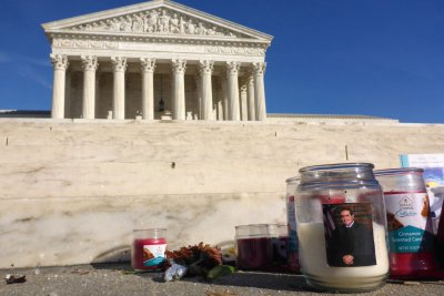 Texas officials attempt to defuse Scalia death conspiracy theories