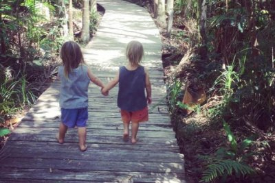 Chris Hemsworth posts rare photo of twin sons: '#littlelegends'