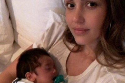 Jessica Alba spends evening 'chillin' with newborn son