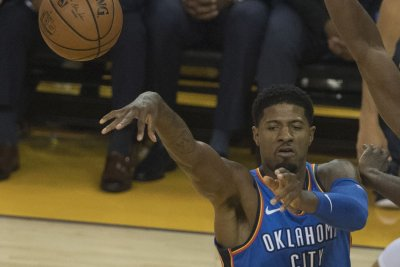 Lakers fans boo George in Thunder victory