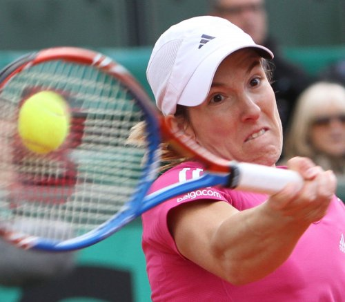 Henin wins UNICEF Open first-round match