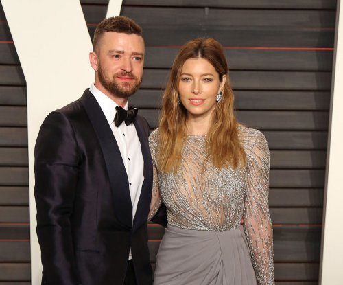 Justin Timberlake and Jessica Biel take over hosting duties for Leo DiCaprio's Hillary Clinton fundraiser