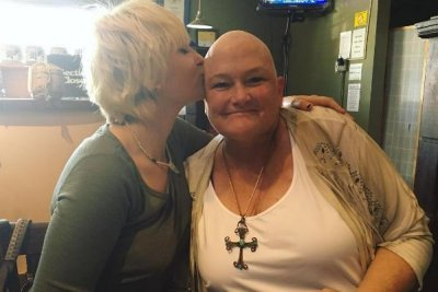 Paris Jackson posts rare photo with mom Debbie Rowe