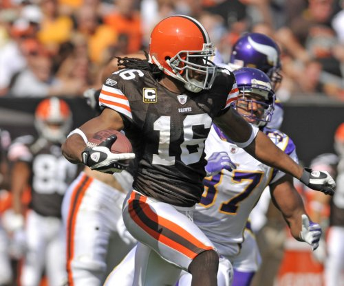 Watch: Josh Cribbs tells DeflateGate story in retirement video