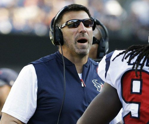 Mike Vrabel reported to be on Indianapolis Colts' short list for head coaching job