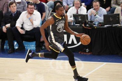 Durant poised to return as Warriors host Bucks