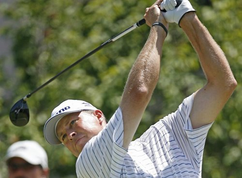 Tway maintains Hickory Classic lead
