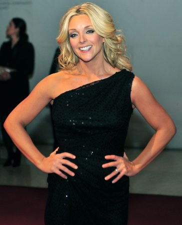 Report: Jane Krakowski is pregnant