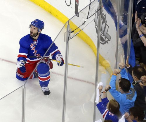 New York Rangers' St. Louis out 10-14 days