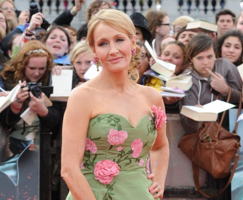 J.K. Rowling apologizes for killing off 'Harry Potter' character