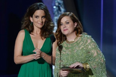 Tina Fey, Amy Poehler to host next Golden Globes gala