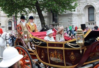 Queen Elizabeth visits Northern Ireland