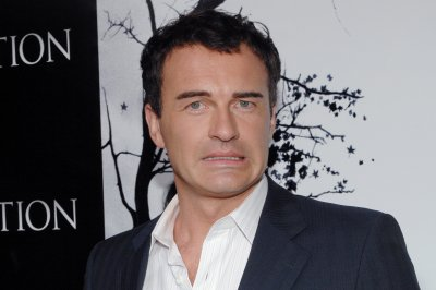 Julian McMahon to star in 'Childhood's End' miniseries