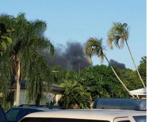 At least three dead in Florida plane crash