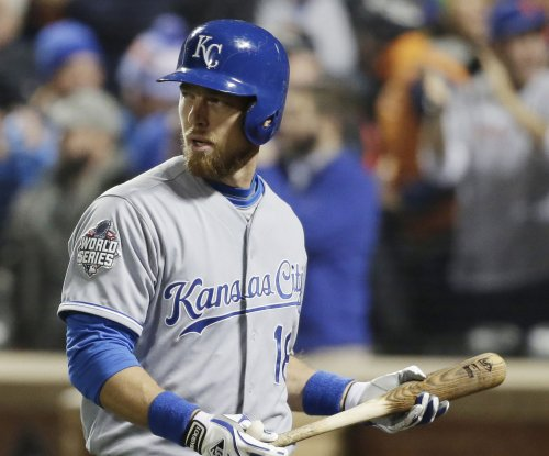 Chicago Cubs sign Ben Zobrist, ship Starlin Castro to New York Yankees