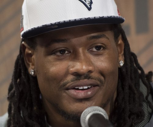 New York Jets use cupcakes to tempt free agent ILB Don't'a Hightower