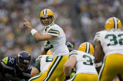 NFL: Seattle 14, Green Bay 12