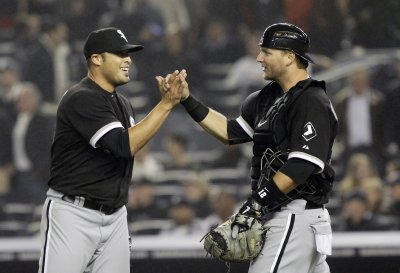 Blue Jays get closer Santos from Chisox