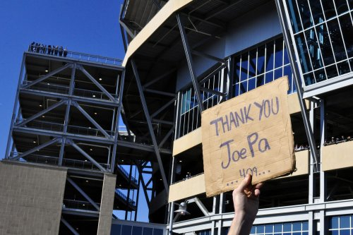 Pa. governor lost confidence in Paterno