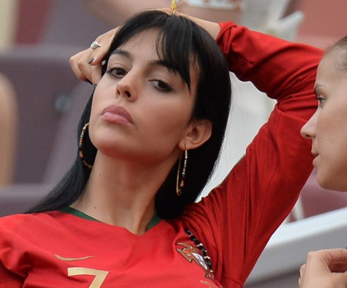 Cristiano Ronaldo's girlfriend spotted with large gem on wedding ring finger