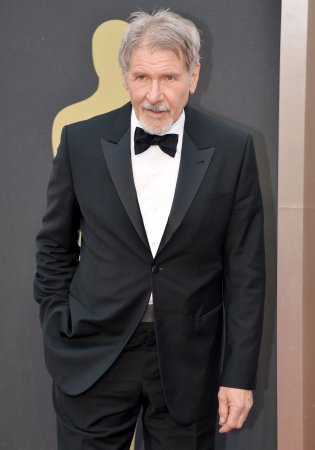 Harrison Ford gets an offer to star in 'Blade Runner' sequel