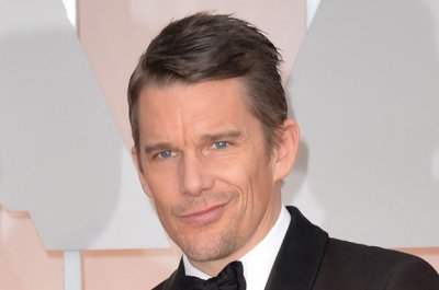 Ethan Hawke joins Denzel Washington in 'Magnificent Seven'