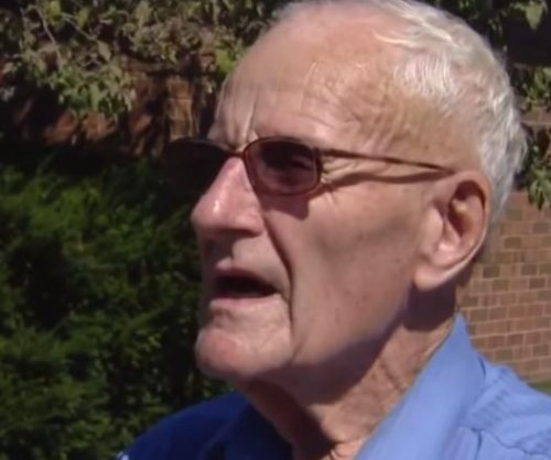 Prosecutor gives 87-year-old man 'a pass' on soliciting charge