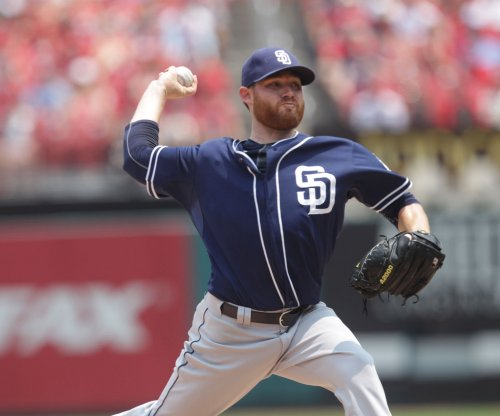 Ian Kennedy pitches San Diego Padres past Milwaukee Brewers