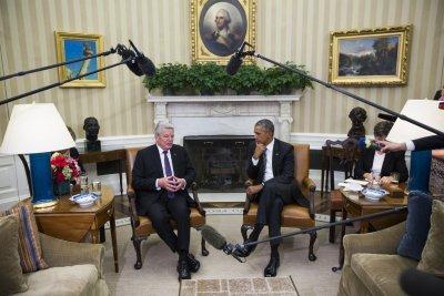 Obama to German president: 'Humane' response needed for 'tragic' European migrant crisis
