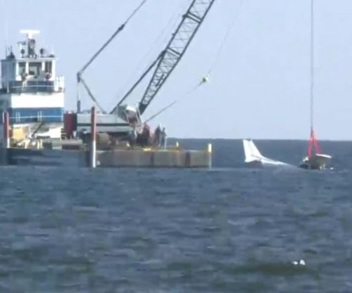 Bodies of missing men found in plane pulled from Louisiana's Lake Pontchartrain