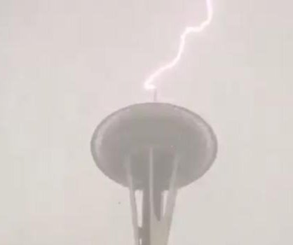 Lightning strikes Seattle's Space Needle twice in one day