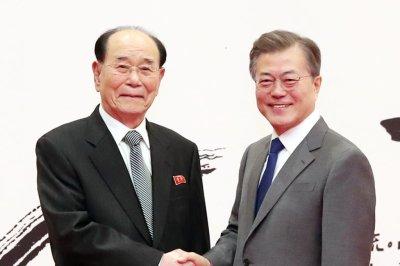 Kim Jong Un asks South Korean president to meet in Pyongyang