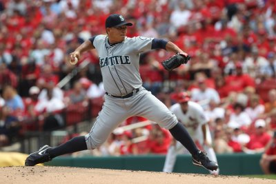 Mariners get another chance against Padres