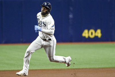 Arozarena, McClanahan lead Rays over Red Sox in Game 1 of ALDS