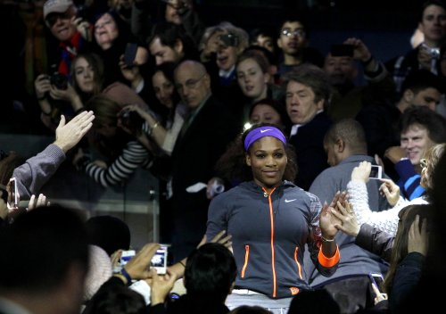 Serena Williams strengthens hold on No. 1 ranking
