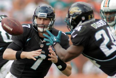 Jaguars apologize for mascot's offensive Ebola sign
