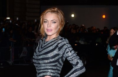 Lindsay Lohan returns to Twitter after health scare