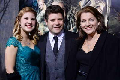 Sean Astin pays tribute to his late mom Patty Duke