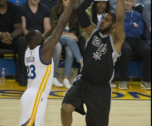 San Antonio Spurs' LaMarcus Aldridge out indefinitely with minor heart arrhythmia