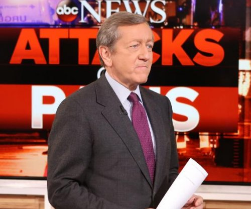 ABC News suspends Brian Ross over erroneous Flynn report