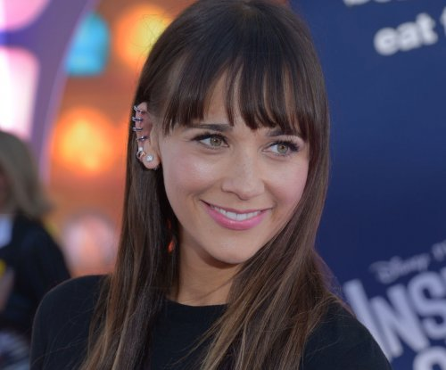 Rashida Jones reunites with Steve Carell for new comedy series 'Angie Tribeca'