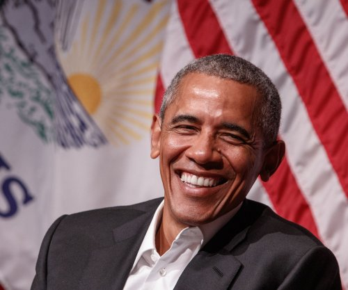 Barack Obama returns to Chicago, aims to prep 'next generation of leadership'